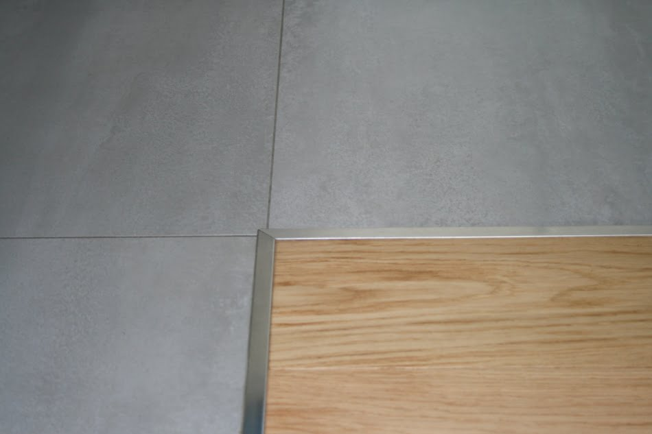 Joint entre carrelage et parquet tendance d co tuiles for Carrelage et parquet