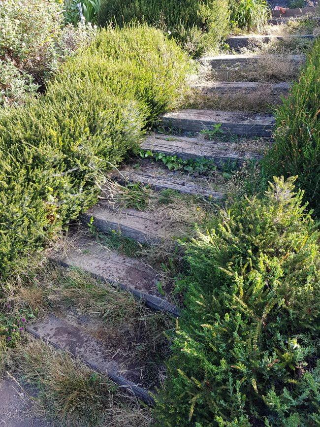 rénover un escalier extérieur en traverses