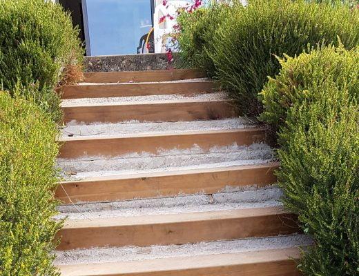 rénover un escalier extérieur en traverses de chemin de fer