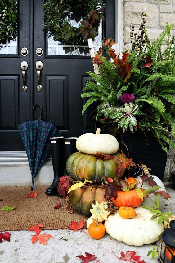 Décoration entrée extérieur automne